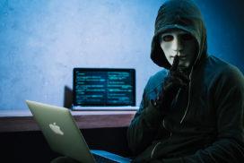 Investigadores de Google dicen que hackers han puesto implantes de monitoreo en iPhones durante años